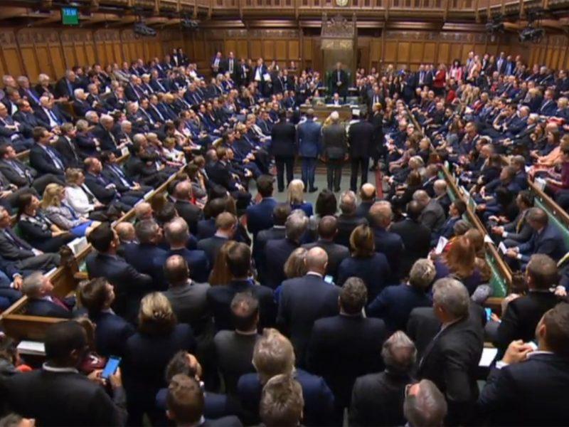 JK parlamentas dėl koronaviruso oficialiai pirma laiko sustabdė darbą