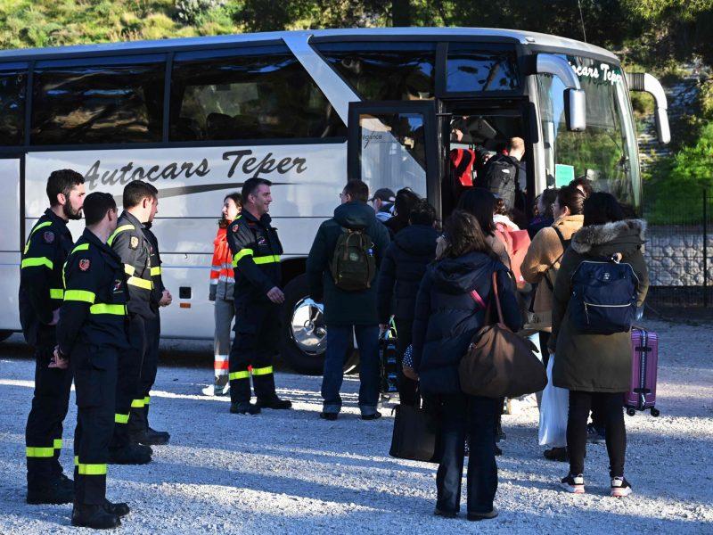 Baigėsi iš Kinijos evakuotų Prancūzijos piliečių grupės karantinas
