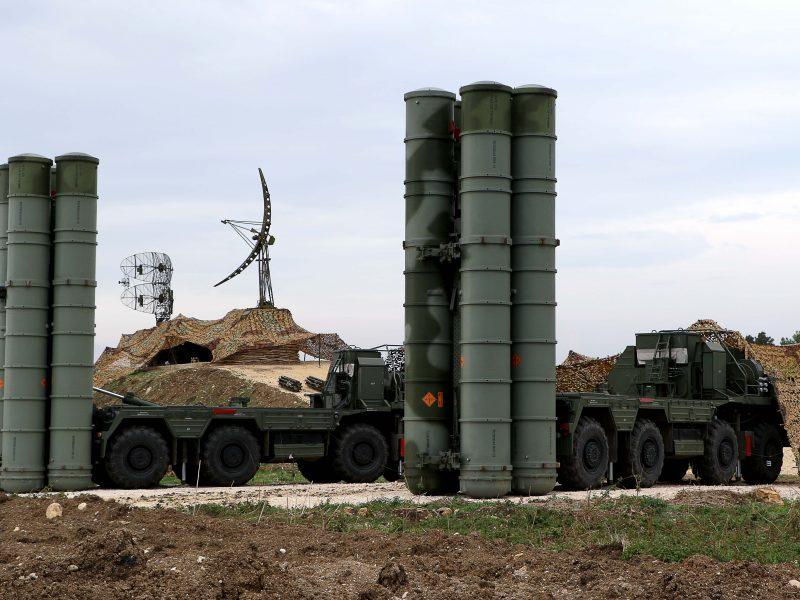 Oro gynybos sistemos S-400 pradės veikti Kaliningrado srityje kovo 15-ąją