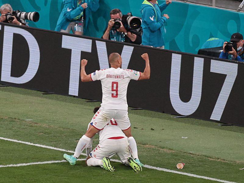 Europos futbolo čempionatas: Rusija–Danija 1:4