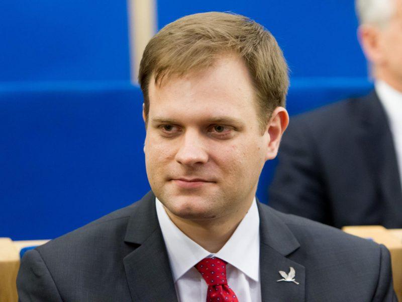Seimas pertvarko Komunikacijos departamentą, vadovė išėjo į žemesnes pareigas
