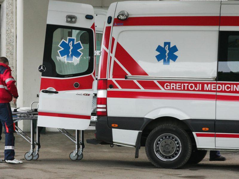 Kauno rajone į ligoninę paguldytas nepilnametis su šautine žaizda