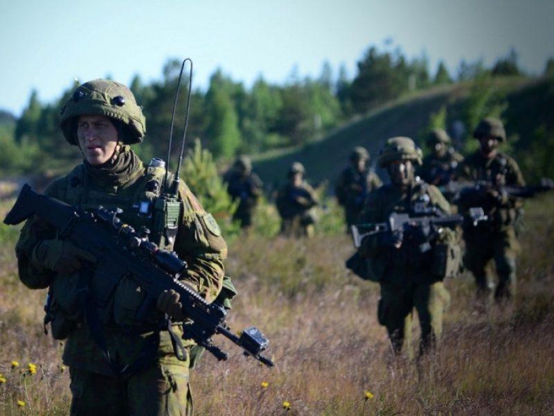 """Pentagono užsakyta ataskaita: Baltijos šalių gynybai reikia """"pasipriešinimo"""" kuopelių"""