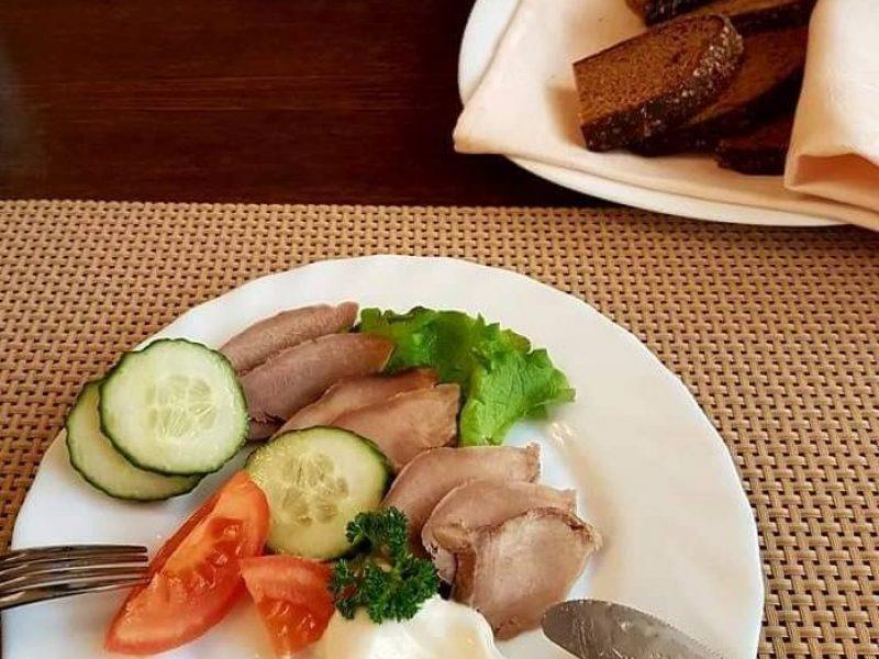 Kuo ministerijos valgykloje maitinasi išrinktieji?