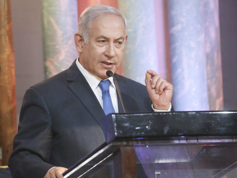 Izraelio premjeras: gerbiu V. Putiną, į Ukrainos konfliktą nesikišime
