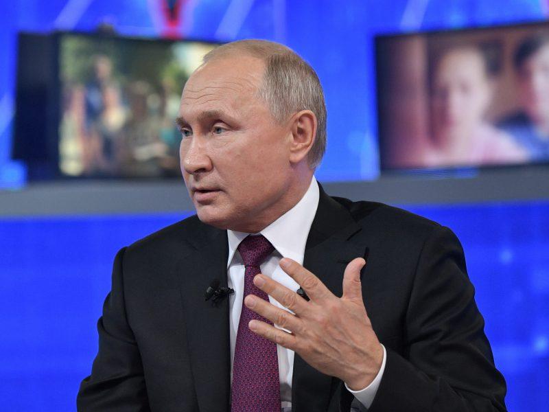 V. Putinas pritarė vaistų kainų reguliavimui epidemijų grėsmės akivaizdoje
