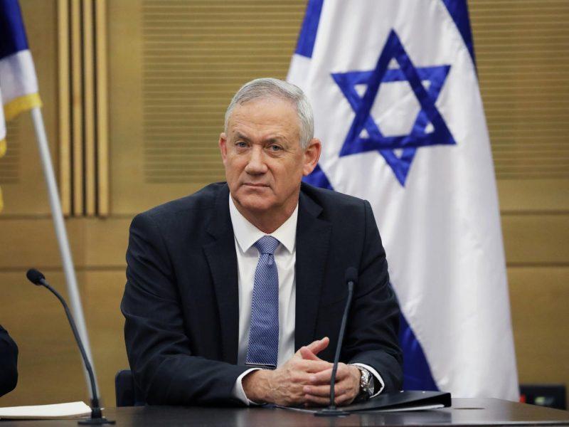 B. Netanyahu oponentas B. Gantzas netikėtai išrinktas Izraelio parlamento pirmininku