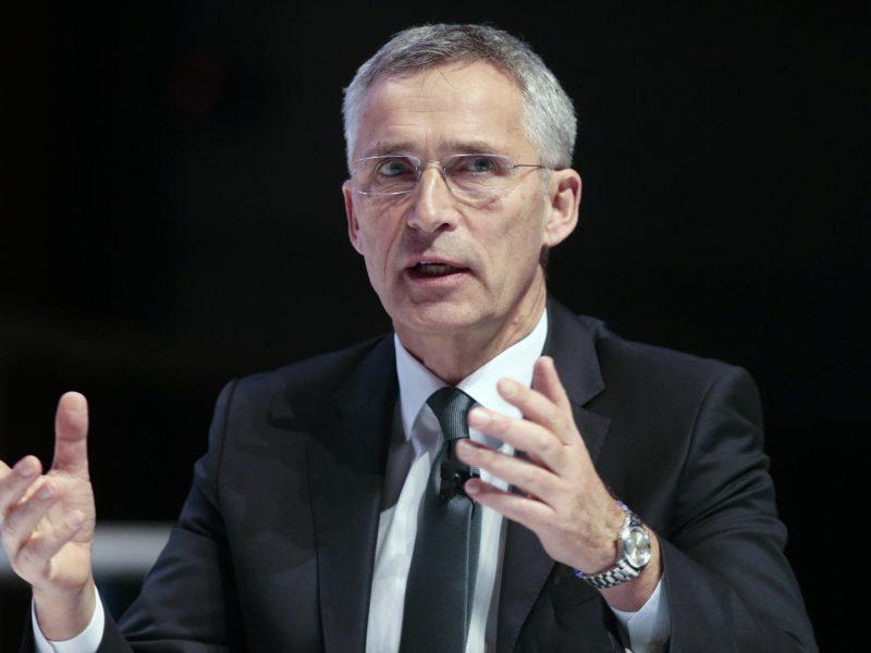 J. Stoltenbergas: NATO turi reaguoti į Kinijos karinę galią