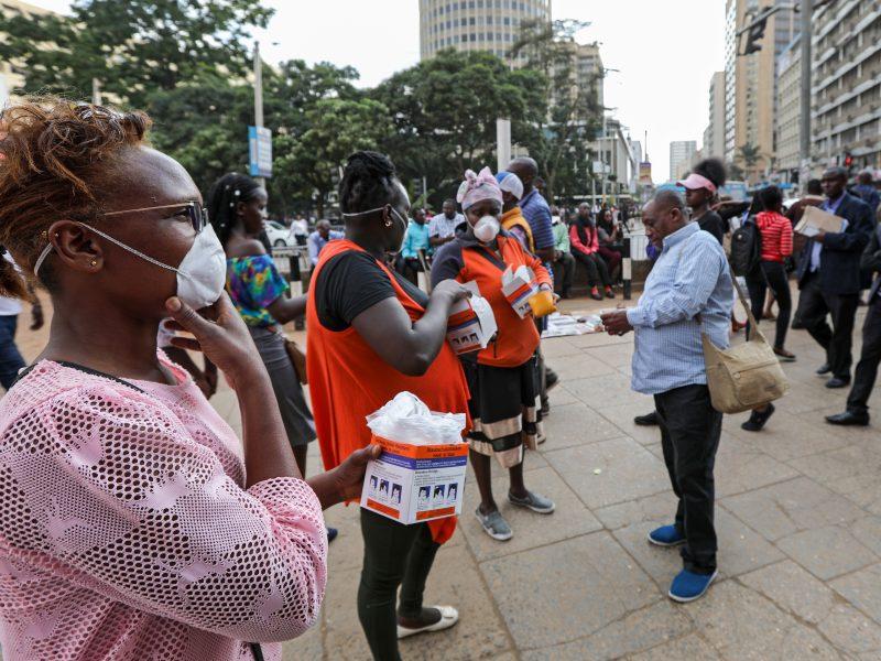 Kenijoje mirė pirmasis pacientas, užsikrėtęs koronavirusu
