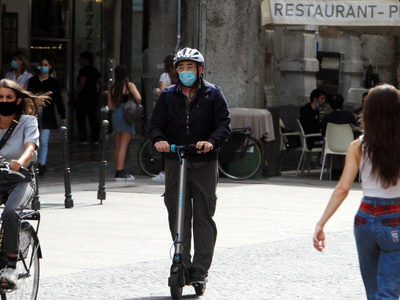Italijoje per parą koronaviruso aukomis tapo 162 žmonės