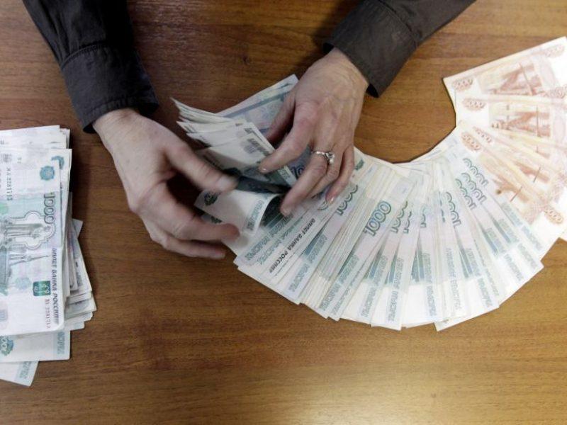 Rusijos gynybos ministerijos pareigūnas įtariamas paėmęs rekordinio dydžio kyšį