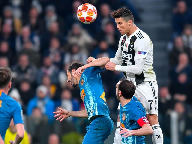 """C. Ronaldo išvedė """"Juventus"""" į Čempionų lygos ketvirtfinalį"""