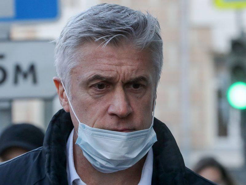 Rusijos teismas nurodė paleisti 19 mėnesių namų arešte laikytą amerikietį