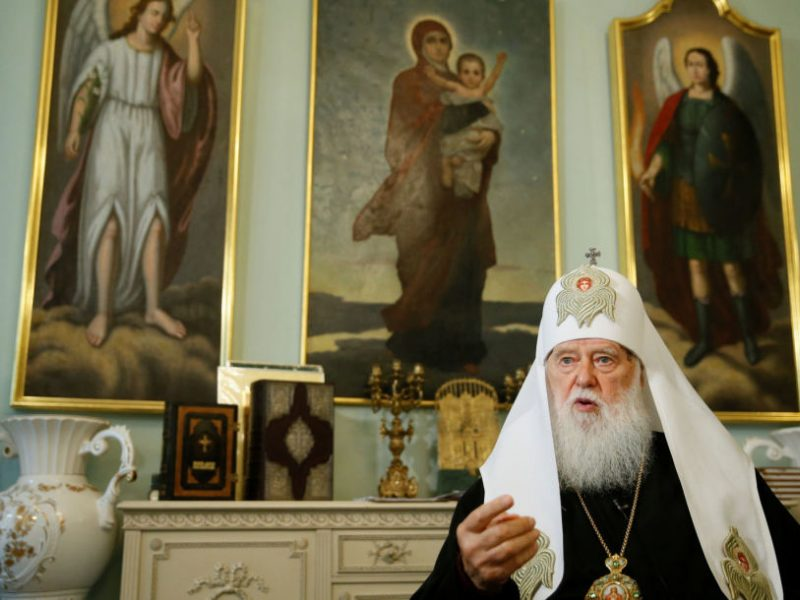 """Aštrėjant kovai dėl Ukrainos bažnyčios nepriklausomybės baiminamasi """"religinio karo"""""""