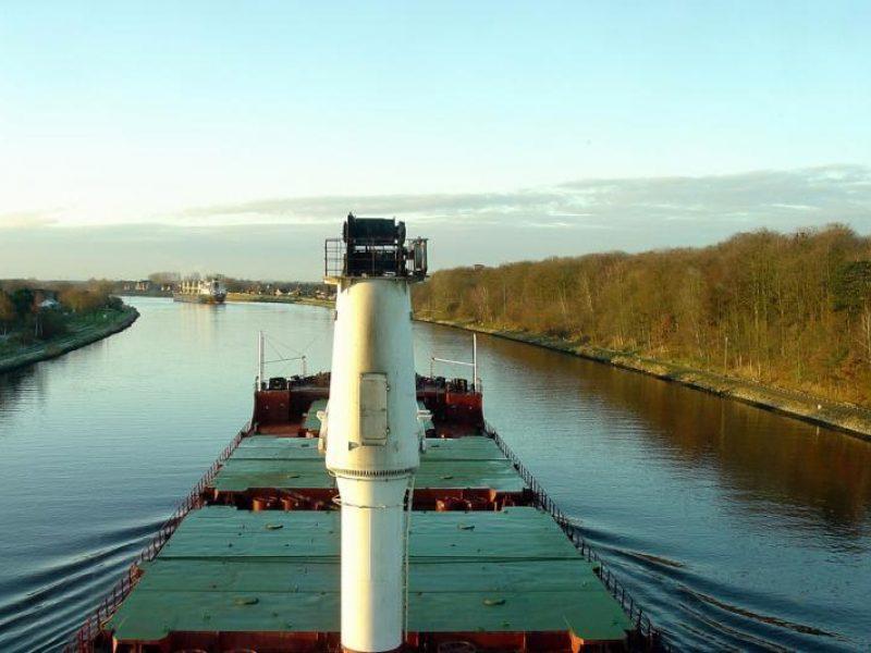 Lietuvos jūrininkai kelis mėnesius įstrigę prie Afrikos