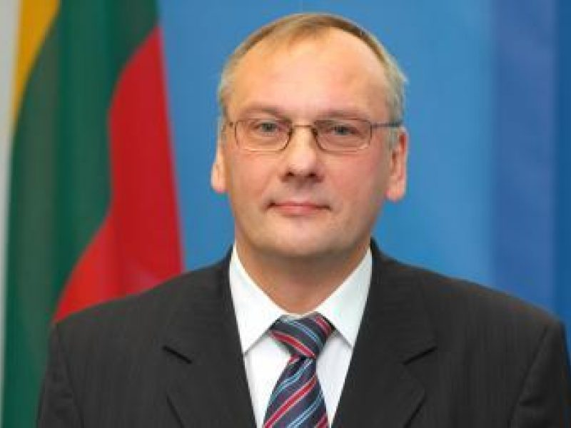 Moldovos prezidentas apdovanojo Lietuvos ambasadorių