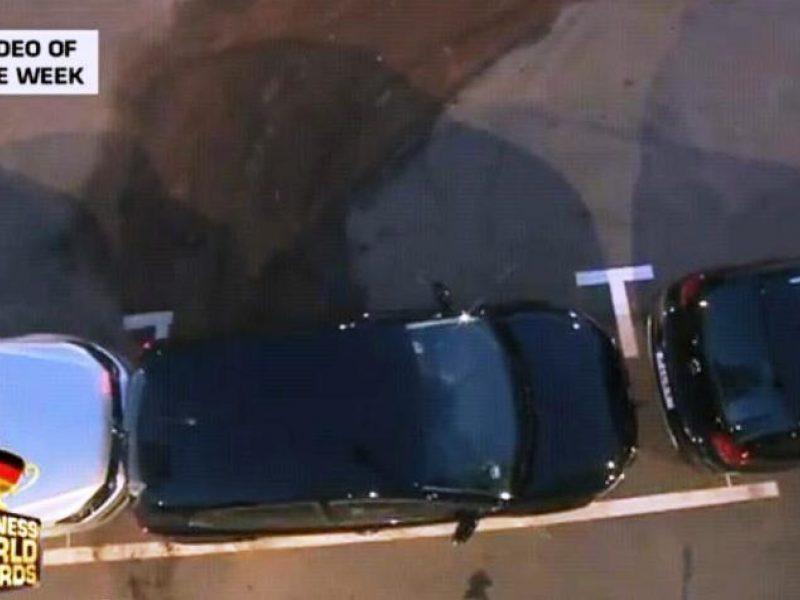 """""""Parkavimosi rekordas"""": automobilis ir vieta - beveik tokio pat dydžio"""