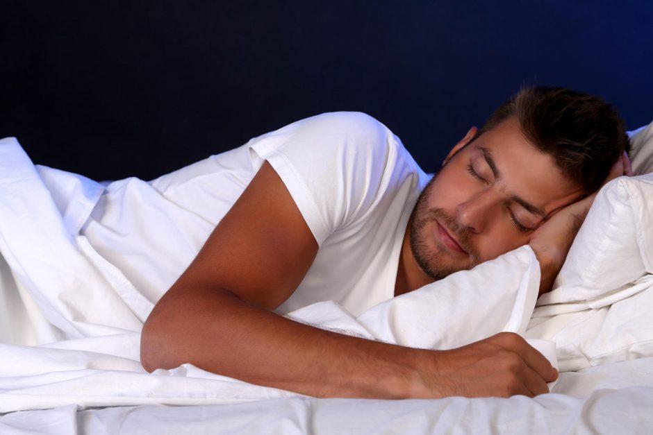 ką daryti miegant erekciją