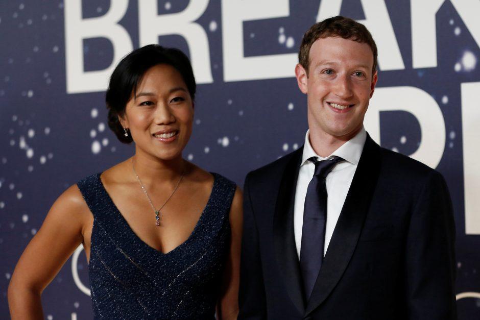 """""""Facebook"""" įkūrėjo žmona laukiasi antrojo vaiko"""