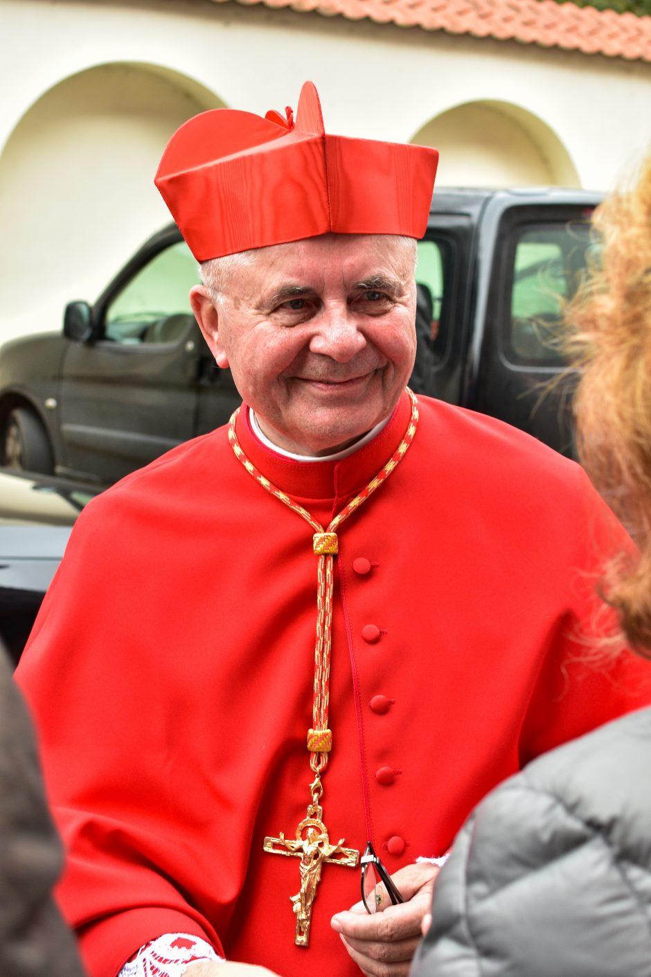 kardinolų prekybos galimybės feniksų prekybos strategija