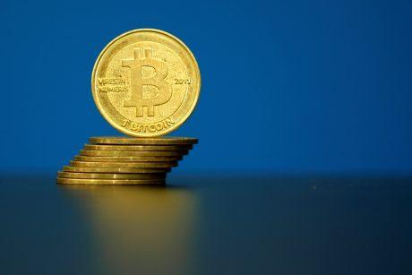 """5200 Prancūzijos tabako parduotuvių pradeda prekiauti """"Bitcoin"""""""