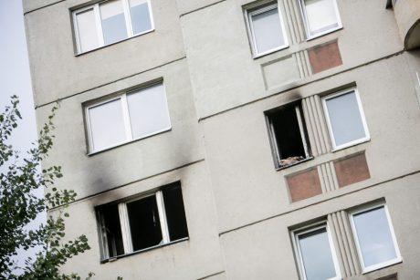 Panevėžyje – gaisras bute: įtariama, kad padegė neblaivus vyras