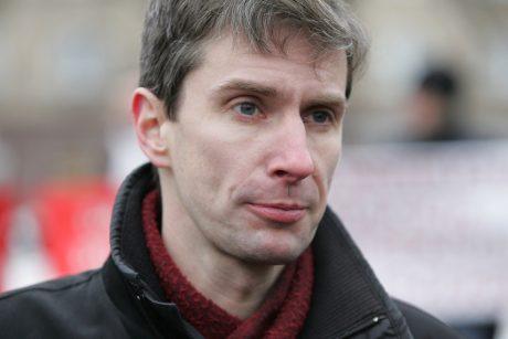 Nuosprendis A. Paleckio šnipinėjimo byloje: teismas skyrė šešerius metus nelaisvės
