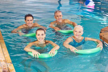 ar galima treniruotis baseine su hipertenzija