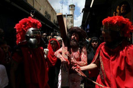 Jeruzalėje Didįjį penktadienį surengta tradicinė Kristaus kančios kelio procesija