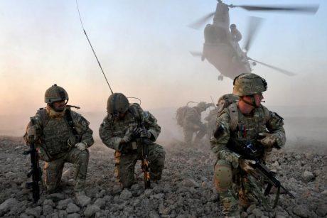 Vokietija informavo NATO smarkiai padidinsianti gynybos išlaidas