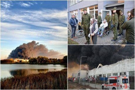Didžiulis gaisras Alytų paskandino dūmuose: evakuotas reabilitacijos centras