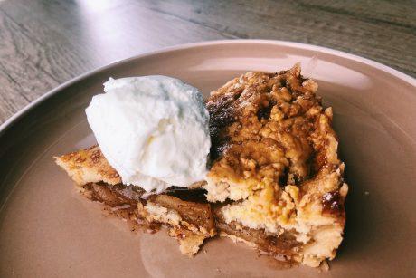 Kepinių klasika – obuolių pyragai