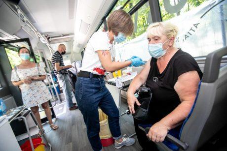 Kaunas dvigubina skiepų autobusų pajėgas: aplankys ir pliažą