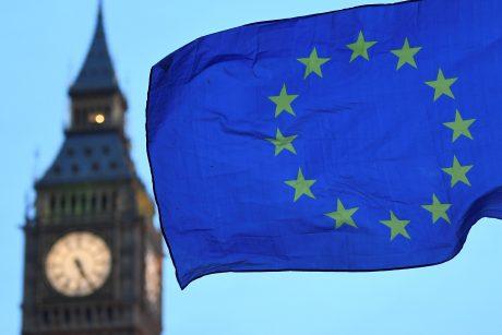 """""""Brexit"""" derybos – be proveržio"""