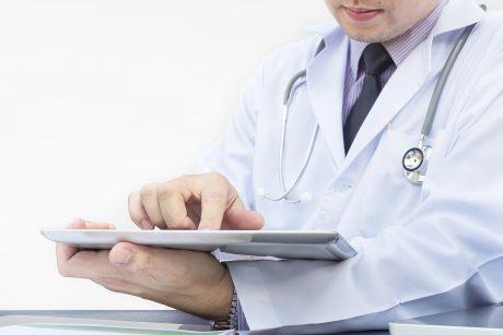 """""""Mano daktaras"""" perka atsiliepimų platformą pincetas.lt"""