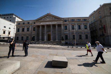 Ispanijoje užsikrėtusiųjų koronavirusu skaičius viršijo 240 tūkstančių