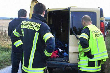 Austrijoje mikroautobuse rasti du negyvi migrantai