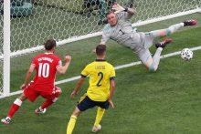 """R. Lewandowskio šou neišgelbėjo: Lenkijos žygis """"Euro 2020"""" – baigtas"""