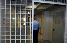 Iš Šiaulių izoliatoriaus bandęs pabėgti kalinys įkaite paėmė pareigūnę <span style=color:red;>(atnaujinta)</span>