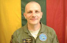 """Majoras: oro pajėgų karininkai dažniausiai """"užauga"""" aerodromuose <span style=color:red;>(interviu)</span>"""