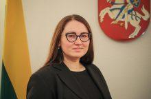 Ministrė: nepaprastoji padėtis nesuteiktų teisės prieš migrantus naudoti jėgą <span style=color:red;>(interviu)</span>