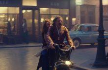 """Meilės pėdsakais – atgal į praeitį <span style=color:red;>(filmo """"Nuostabi epocha"""" apžvalga)</span>"""