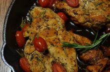 Kokią geriau rinktis: fasuotą ar sveriamą paukštieną? <span style=color:red;>(receptas)</span>